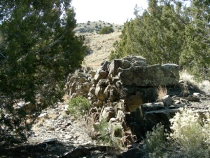 A dike of andesite in the Cerrillos Hills