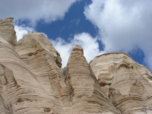 Cliffs of white rhyolite tuff at Kashe-Katuwe Tent Rocks National Monument